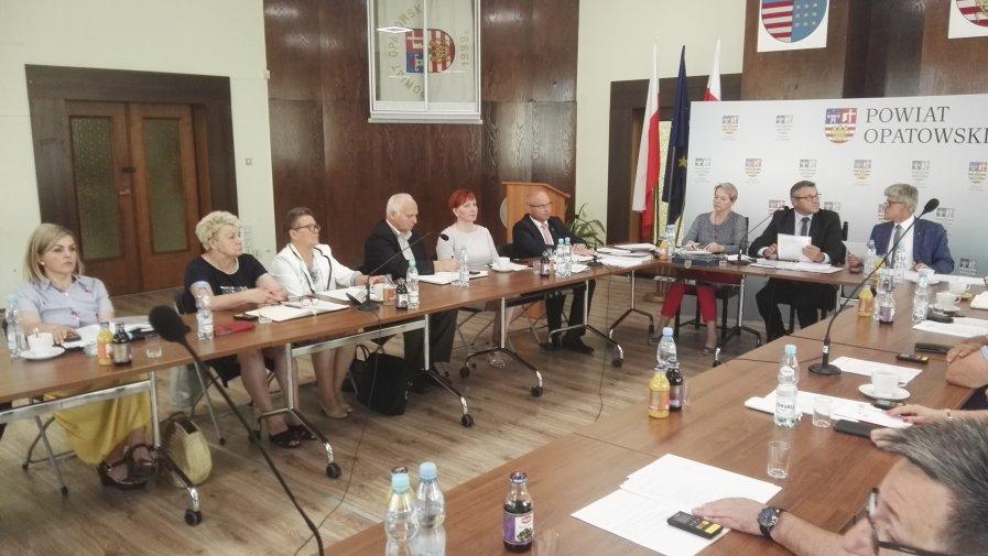 Sesja Rady Powiatu Opatowskiego 24.06.2019