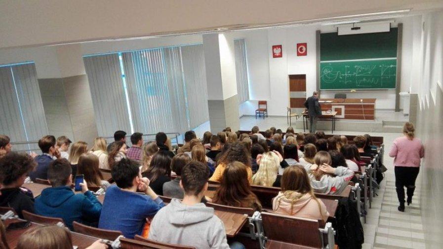 """Licealiści """"Bartosza"""" z wizytą na Politechnice Świętokrzyskiej"""