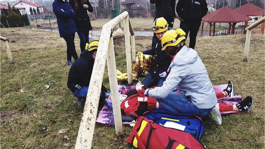 Licealiści ze Skłodowskiej z Ożarowa ratują życie