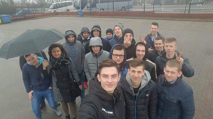 """Maturzyści z """"Górki"""" na pielgrzymce w Częstochowie"""
