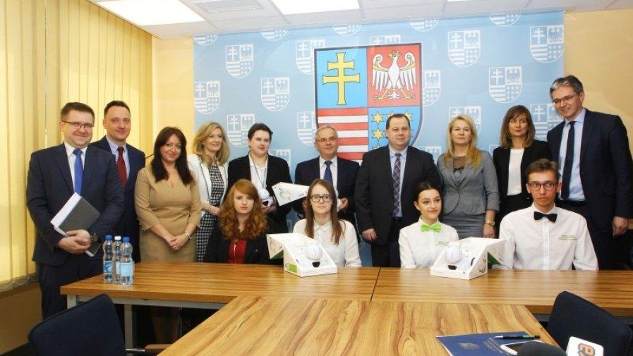 Robot Photon będzie uczył w Zespole Szkół numer 1 w Opatowie