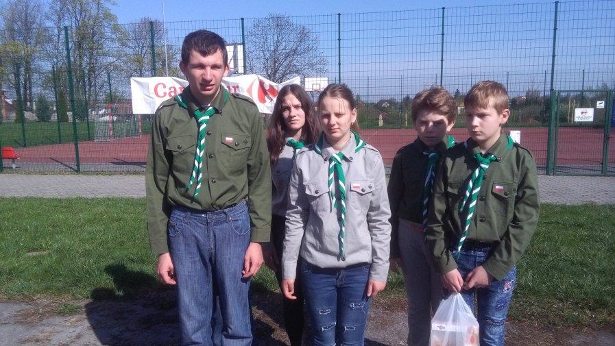Harcerze ze Specjalnego Ośrodka Szkolno-Wychowawczego w Dębnie w Sandomierzu na zlocie