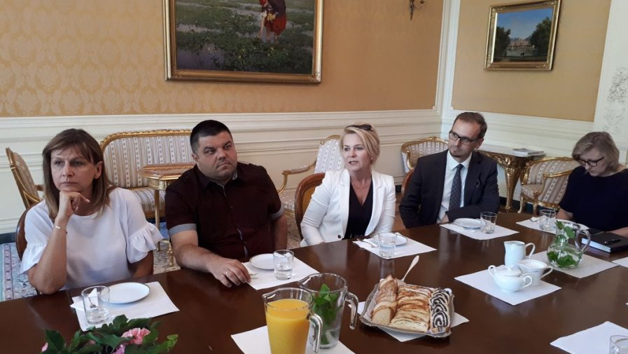 Dyrektorzy szkół technicznych z Opatowa zdobywają doświadczenie w Austrii