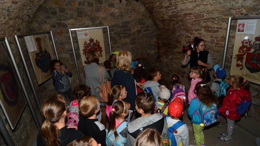 Dzieci ze szkół w gminie Wojciechowice odwiedziły opatowskie podziemia