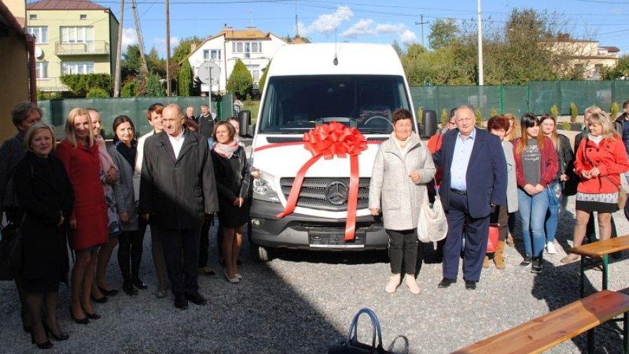 Nowy samochód dla WTZ przy TOP Medicus