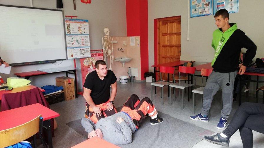 Doskonalili zasady udzielania pierwszej pomocy