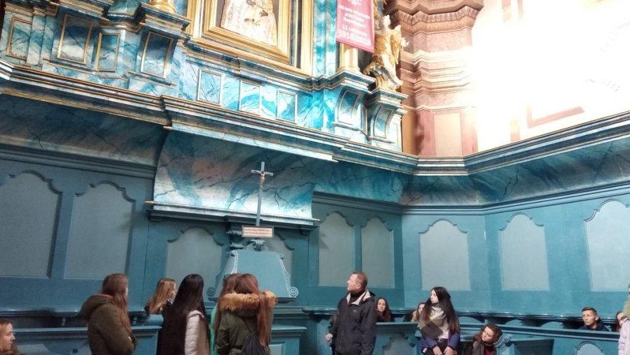 Młodzież zwiedzała Opatów