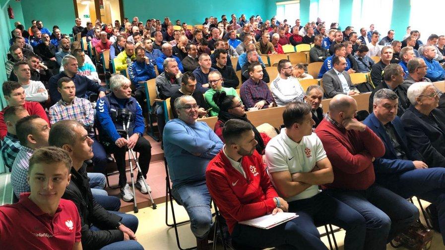 Piłkarska kursokonferencja w Opatowie