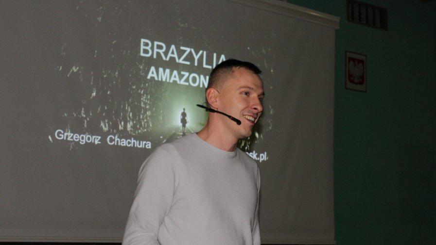 Amazonia oczami podróżnika. Podróżnik opowiadał młodzieży i dalekich krajach