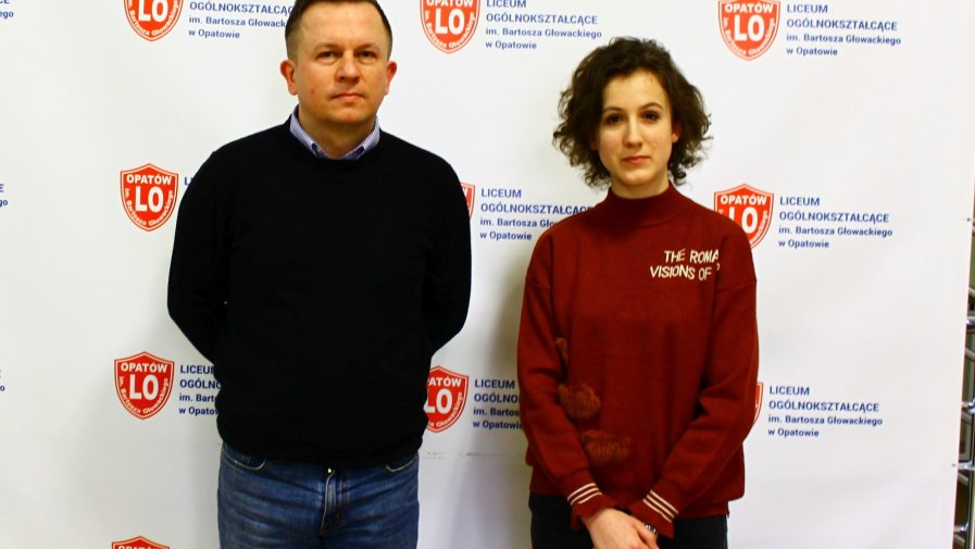 """Sukces tegorocznej maturzystki Anny Szostak, uczennicy klasy 3 A z opatowskiego """"Bartosza""""."""